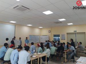 """Khóa học """"Leadership"""" tại EStec Phú Thọ kéo dài 1 ngày giúp học viên định hình được vai trò trách nhiệm của người làm leader, mong đợi của công ty và những kỹ năng lãnh đạo hiệu quả, xây dựng phong cách lãnh đạo cho chính mình."""